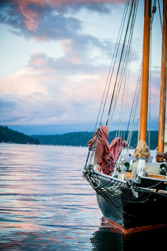 001-La-Vie-Photo-boat